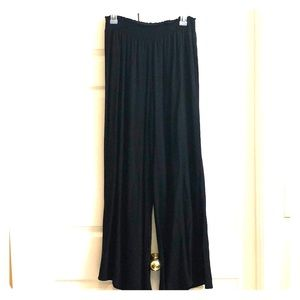 Pants - 💜 Perfect for Spring 💜 Lightweight chiffon pants